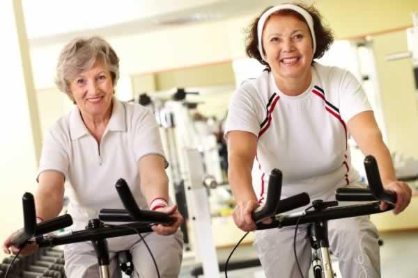 Como montar uma academia de musculação para idosos