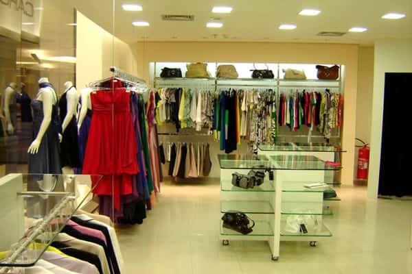 Como montar uma loja de roupas femininas