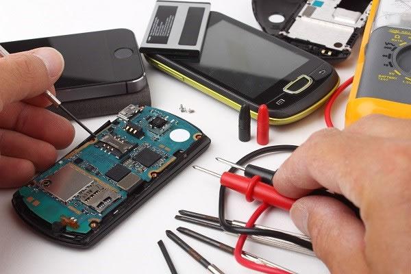 Como abrir uma assistência técnica de celular investindo pouco dinheiro