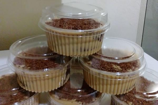 Receita de bolo no pote para vender