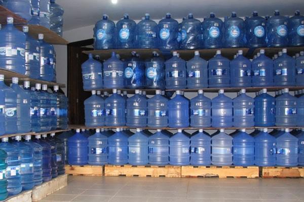 Como montar um depósito de água mineral