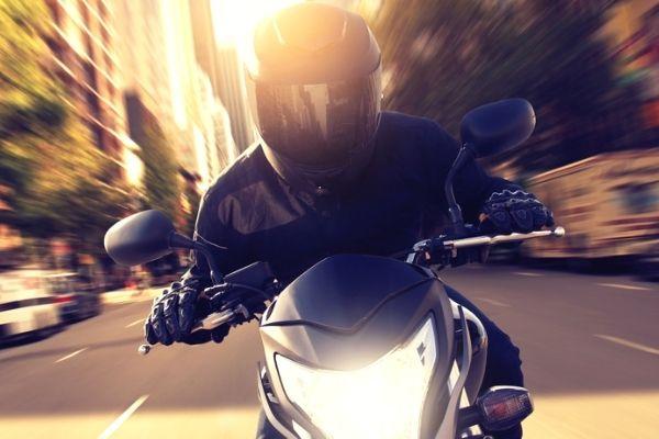 ideias para ganhar dinheiro com moto